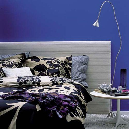 Boldly_blue_bedroom- Livingetc.