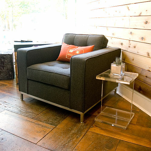 Gus Modern Jane Chair & Acrylic I-Beam Table