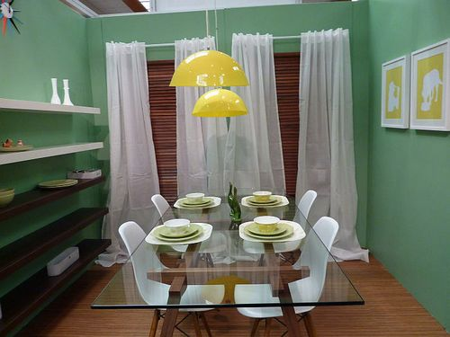 Hot new dining room trends green & yellow