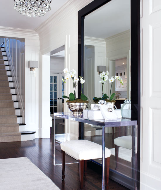 Winter-whites-hallway